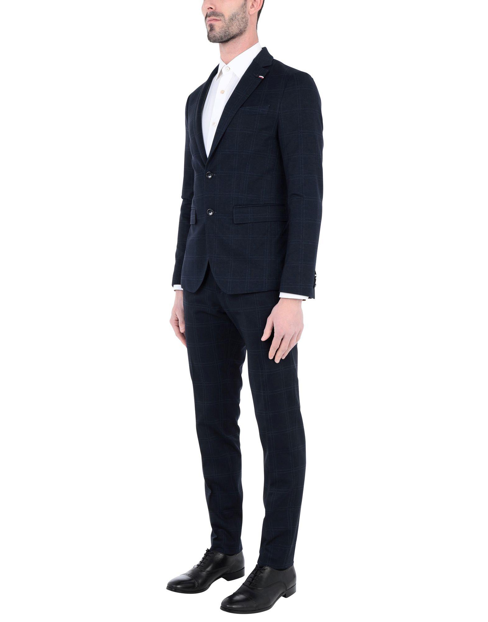 《セール開催中》TOMMY HILFIGER メンズ スーツ ダークブルー 54 レーヨン 41% / ナイロン 32% / ポリエステル 22% / ポリウレタン 5% JERSEY CHECK SLIM FI