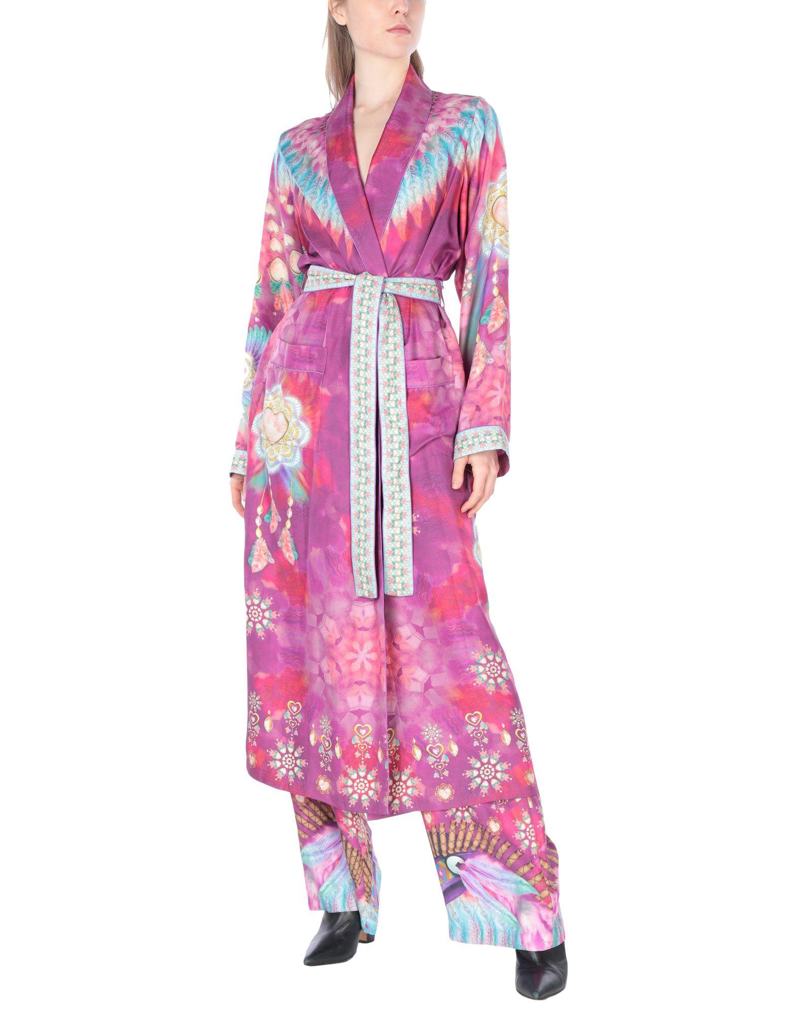 MANISH ARORA Классический костюм недорго, оригинальная цена