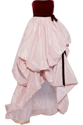 OSCAR DE LA RENTA Strapless velvet and gathered taffeta gown