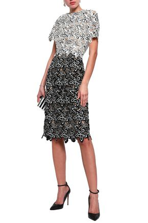 d5bc0b16fe8aa Oscar De La Renta | Sale Up To 70% Off At THE OUTNET