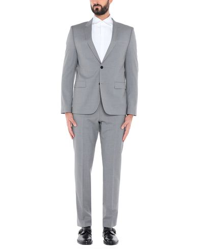 Купить Мужской костюм  светло-серого цвета