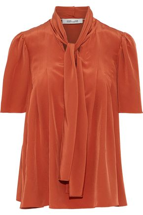 DIANE VON FURSTENBERG Pussy-bow washed-silk blouse