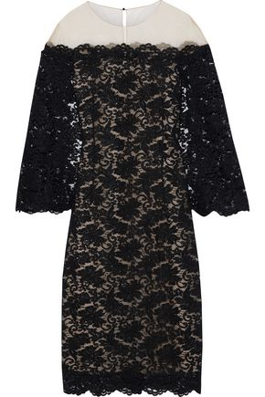 OSCAR DE LA RENTA Cape-effect tulle-paneled corded lace midi dress