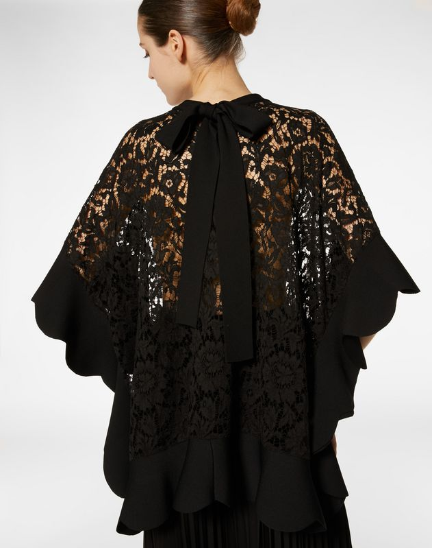 STRETCH VISCOSE AND HEAVY LACE KNITTED PONCHO