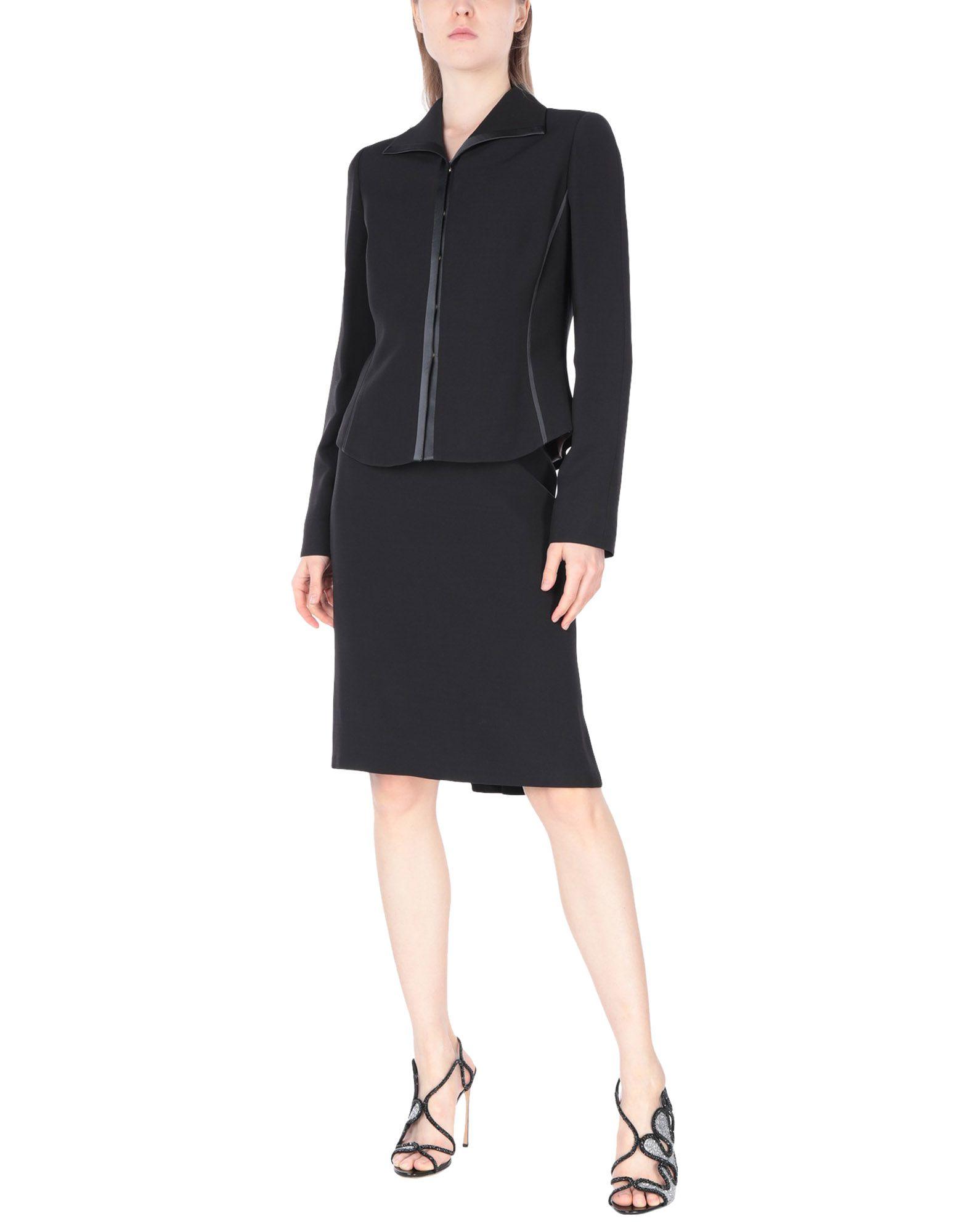 цена MAX MARA Классический костюм онлайн в 2017 году