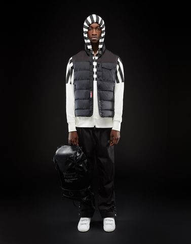 Moncler New in Man: GEOMA