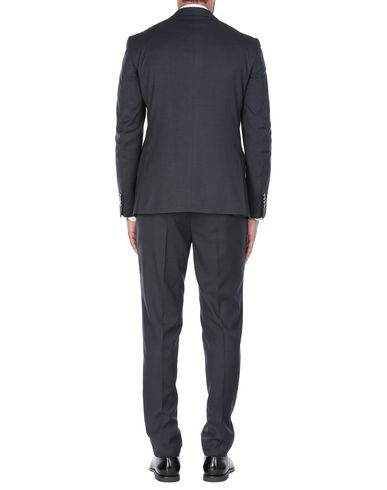 Фото 2 - Мужской костюм J.D. WILSON темно-синего цвета