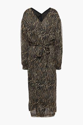 """NANUSHKA فستان متوسط الطول """"أوازيس"""" بتصميم ملتفّ من قماش جورجيت المطبع برسومات"""