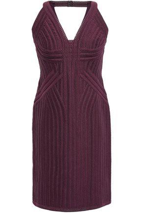 HERVÉ LÉGER فستان قصير بتصميم ضيق من النسيج النافر مع أجزاء مقصوصة