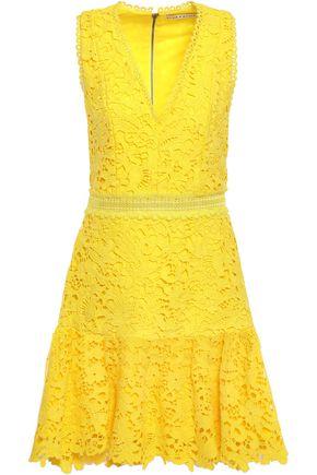 """ALICE + OLIVIA فستان قصير وواسع """"مارلين"""" من الدانتيل المخرّم"""