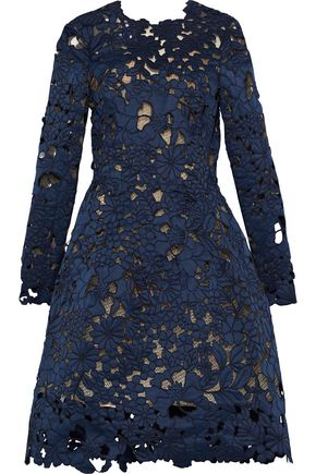 OSCAR DE LA RENTA Embroidered laser-cut satin dress
