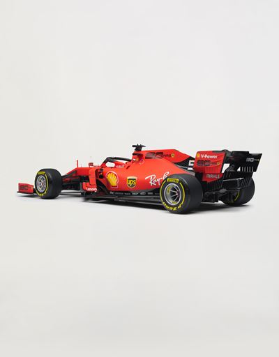 Ferrari SF90 Vettel model in 1:8 scale