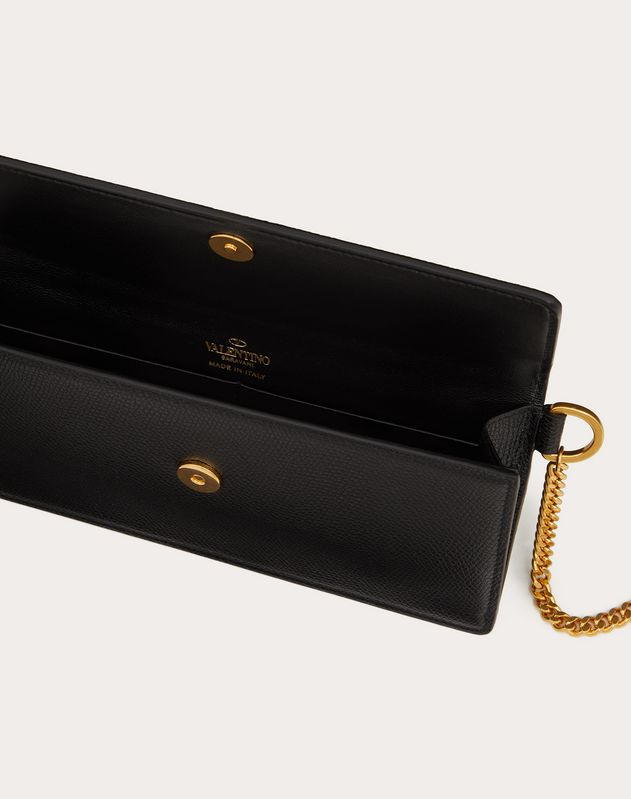 VLOGO GRAINY CALFSKIN BILL POUCH WITH CHAIN HANDLE