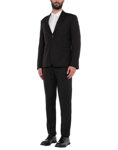 Фото - Мужской костюм LABORATORI ITALIANI черного цвета