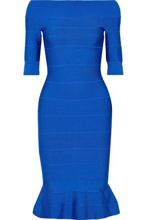 HERVÉ LÉGER فستان بتصميم ضيق ومكشوف الكتفين مع أطراف واسعة