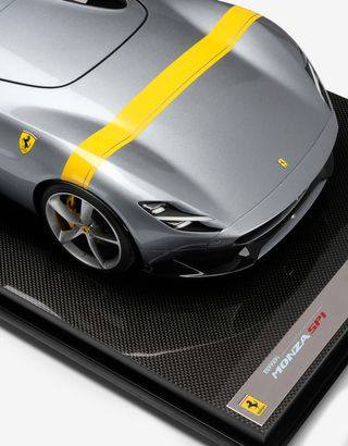 Scuderia Ferrari Online Store - Ferrari Monza SP1 model in 1:8 scale - Car Models 1_1.8