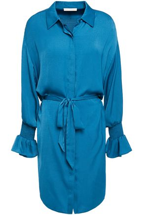 MAJE فستان قصير على شكل قميص من الكريب الساتان مضموم بالدرزات الظاهرة