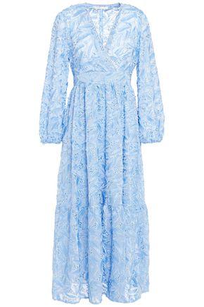 MAJE فستان متوسط الطول وبتصميم ملتفّ من الشيفون المزين مخيط بأسلوب فيل كوبيه