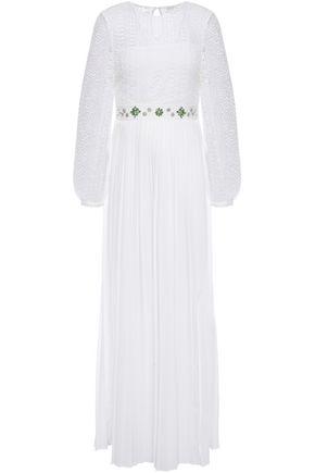 MAJE فستان طويل من الكريب مزين بالكريستال مع أجزاء من الدانتيل المخرم