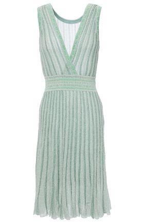 MISSONI فستان من مزيج الحرير محاك بالكروشيه لون ميتاليك ومخطط