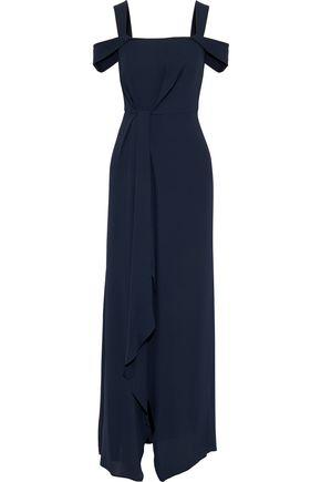 HALSTON فستان سهرة بتصميم منسدل ومفتوح الكتفين من قماش كريب دي شين