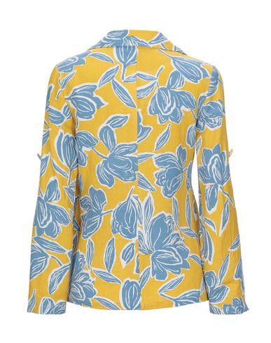 Фото 2 - Женский пиджак KORALLINE цвет охра