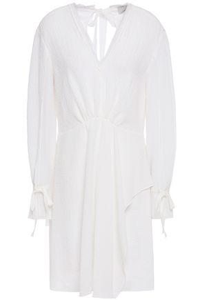 3.1 PHILLIP LIM فستان قصير بتصميم ملموم ومنسدل من قماش كلوكيه