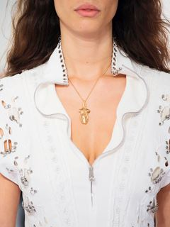 Collier Femininities