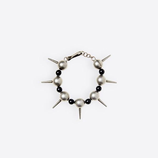 Brazalete metal y perlas