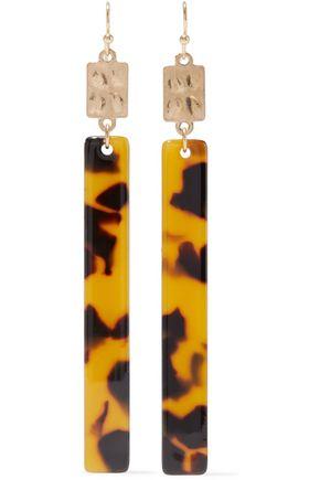 KENNETH JAY LANE Hammered gold-plated tortoiseshell resin earrings