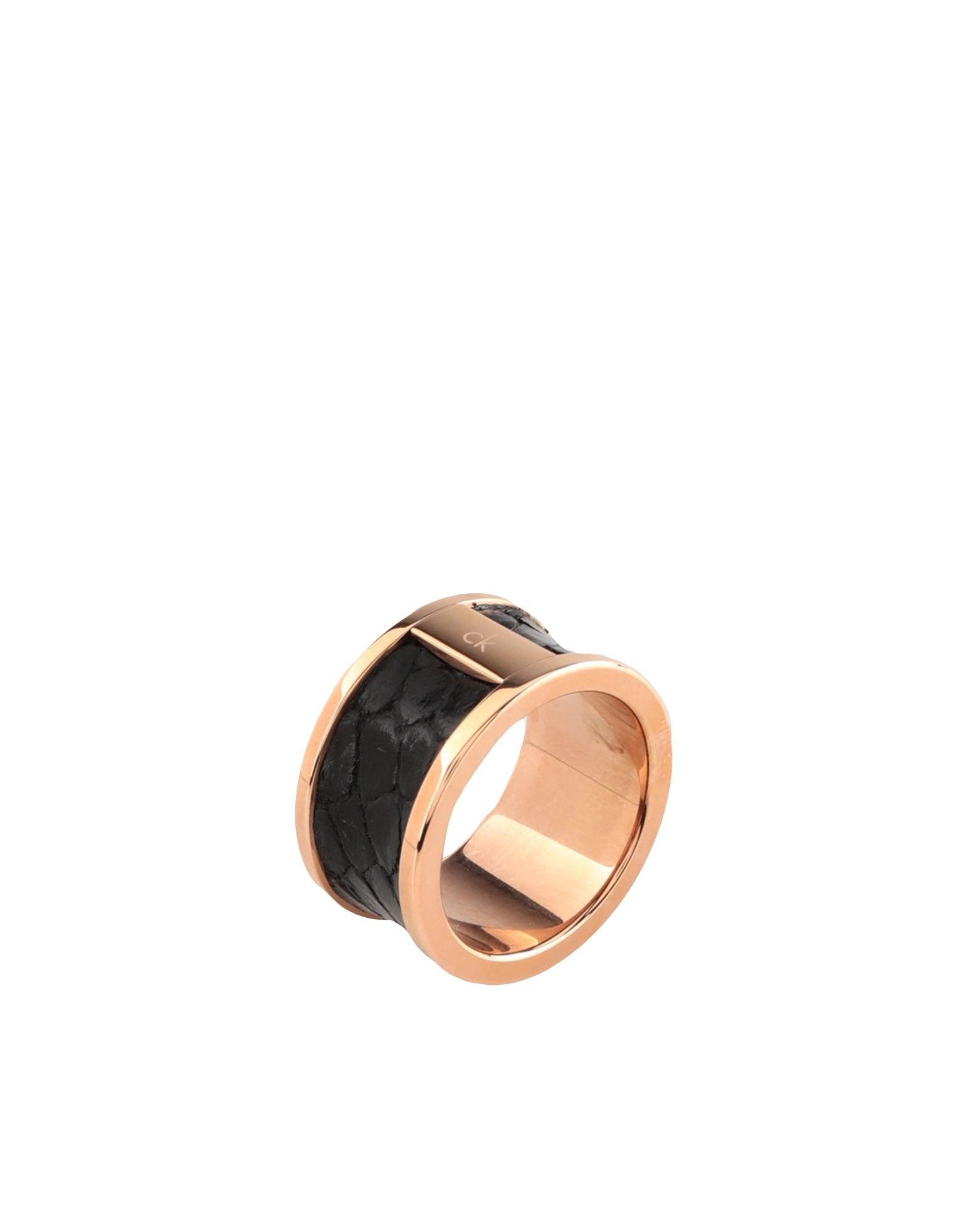 《セール開催中》CALVIN KLEIN レディース 指輪 ブラック 9 真鍮/ブラス / 革