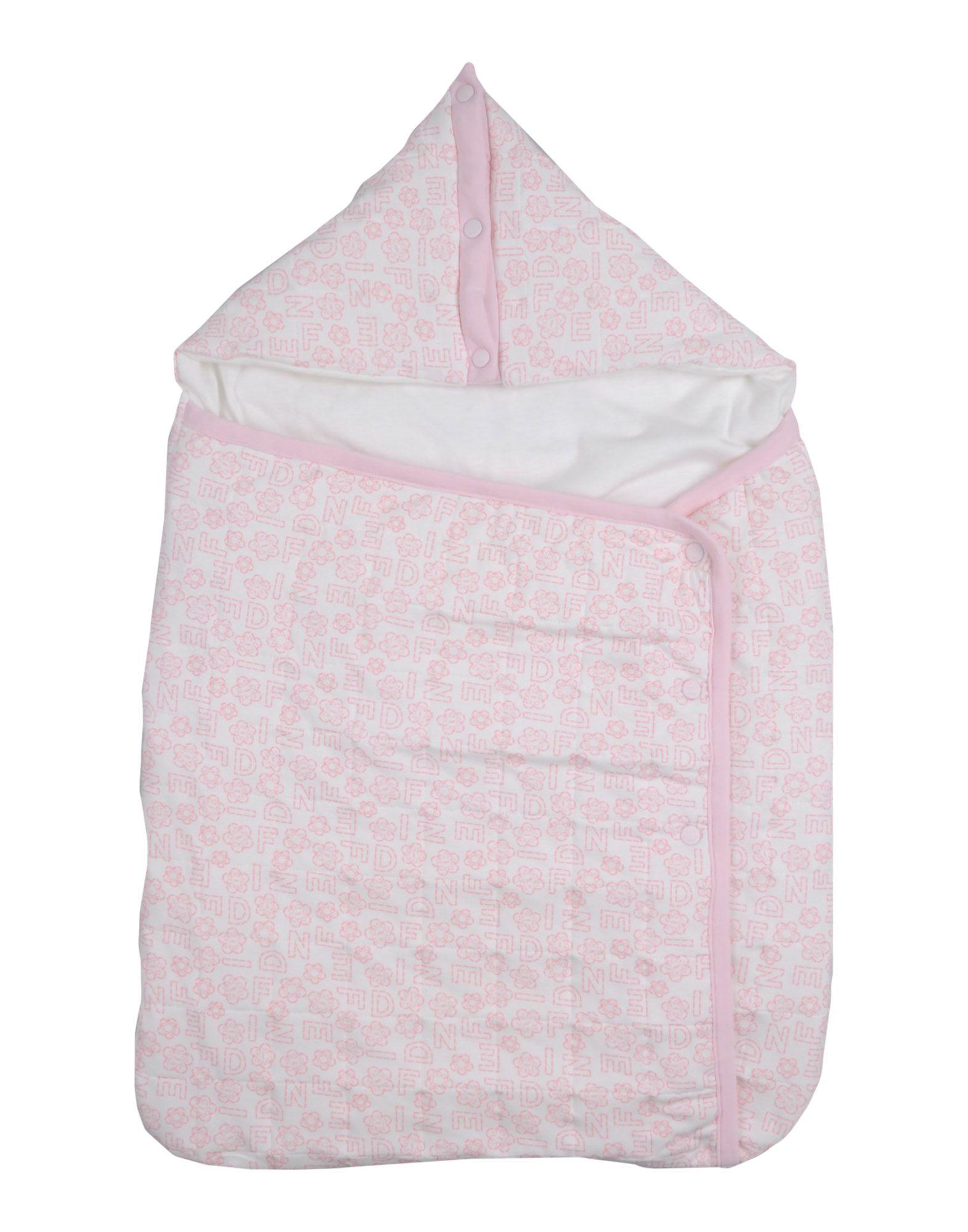 フェンディ ベビースリーピングバッグ ピンク