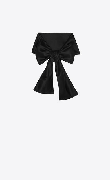 Lavallière in black silk georgette