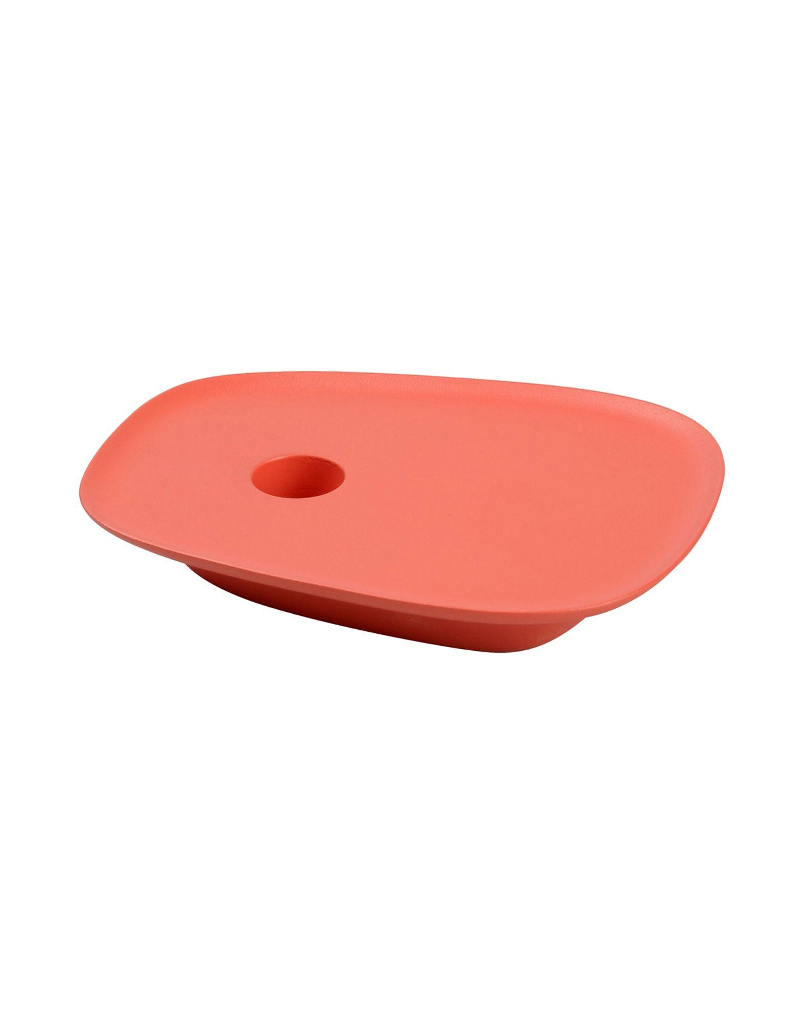 《送料無料》MUUTO Unisex キャンドルスタンド コーラル アルミニウム Float