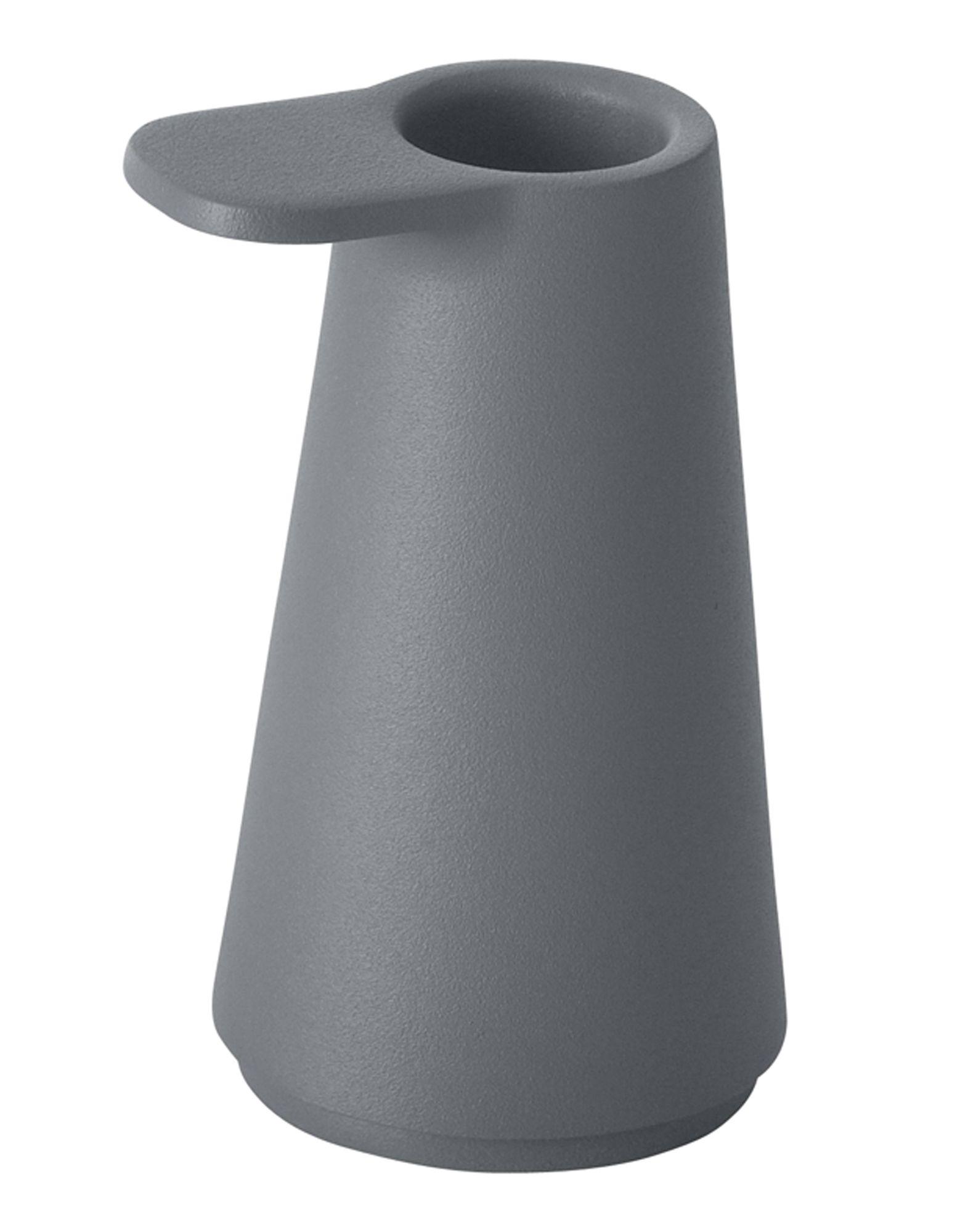 《送料無料》MUUTO Unisex キャンドルスタンド スチールグレー スチール Grip