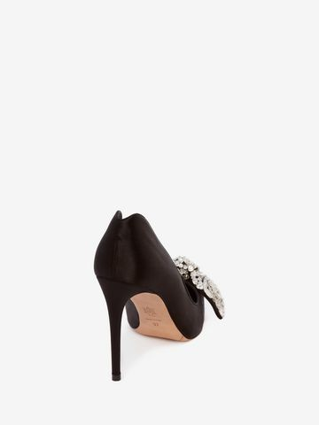Alexander McQueen Bow Embroidered Heart Pump O1UElv