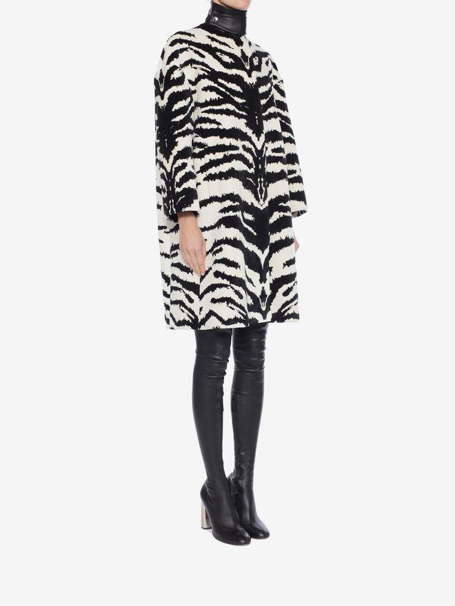Alexander McQueen tiger jacquard coat Pick A Best 31dHj