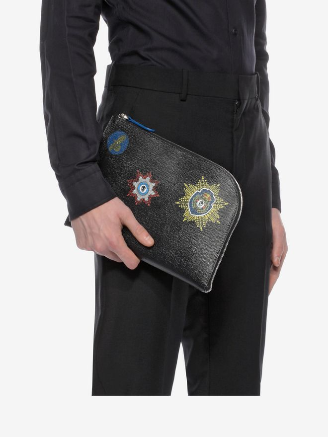 ALEXANDER MCQUEEN Black Small Half Zip Pouch with Leather Badges ポーチ U a