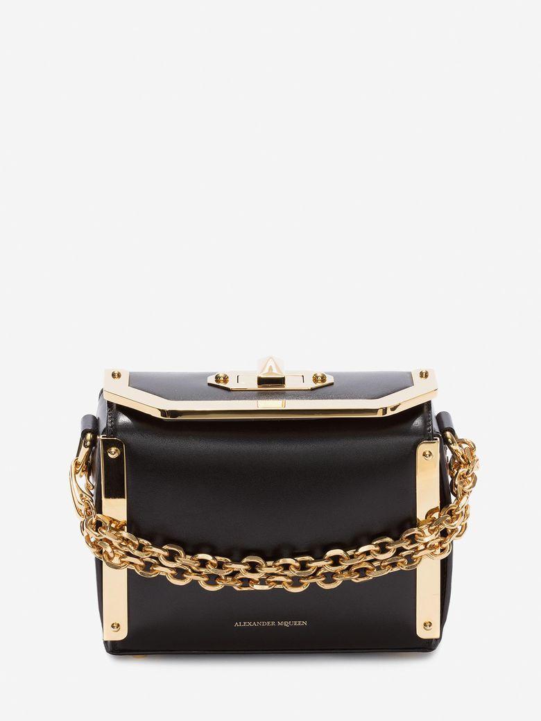 Box Bag 16 Leather Shoulder Bag in Black