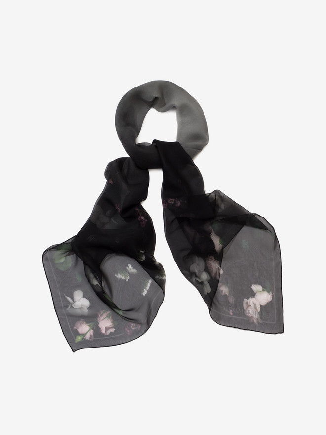 ALEXANDER MCQUEEN Stormy Night Shawl Seasonal Scarf D r